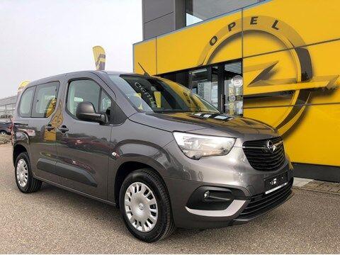 Opel Combo Top Aanbieding; Edition Plus met sensoren , airco en navi app!