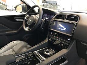 Jaguar F-Pace PRESTIGE 2.0 D180