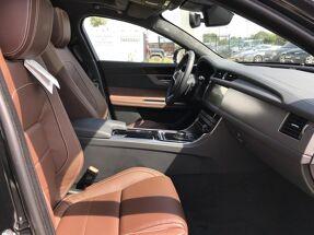 Jaguar XF Sportbrake R-Sport D180