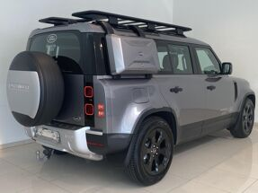 Land Rover Defender 110 S 7 Seater