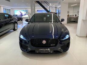 Jaguar XE // R-Dynamic S P250