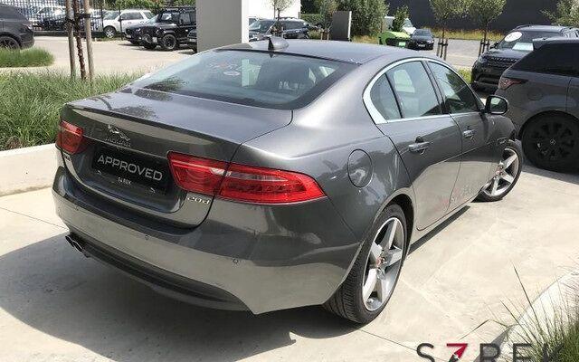 Jaguar XE Prestige 2.0 D180