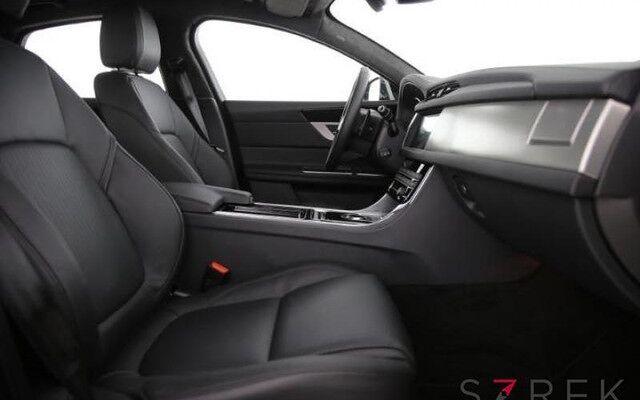 Jaguar XF Prestige E-Performance D163