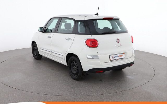 Fiat 500 L Wagon 1.4 T-Jet Lounge 120PK EY27448 | Navi | Climate | Cruise | Panoramisch Dak | Bluetooth | LED | Parkeersensoren Achter |