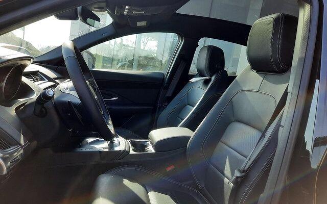 Jaguar E-Pace R-Dynamic S D180