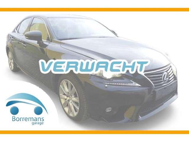 Lexus IS 300h h 2.5i Executive Line E-CVT