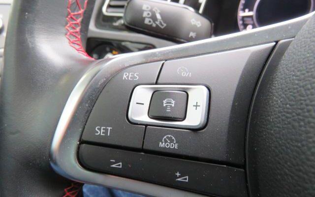 Volkswagen Golf VII GTI 2.0 TSI
