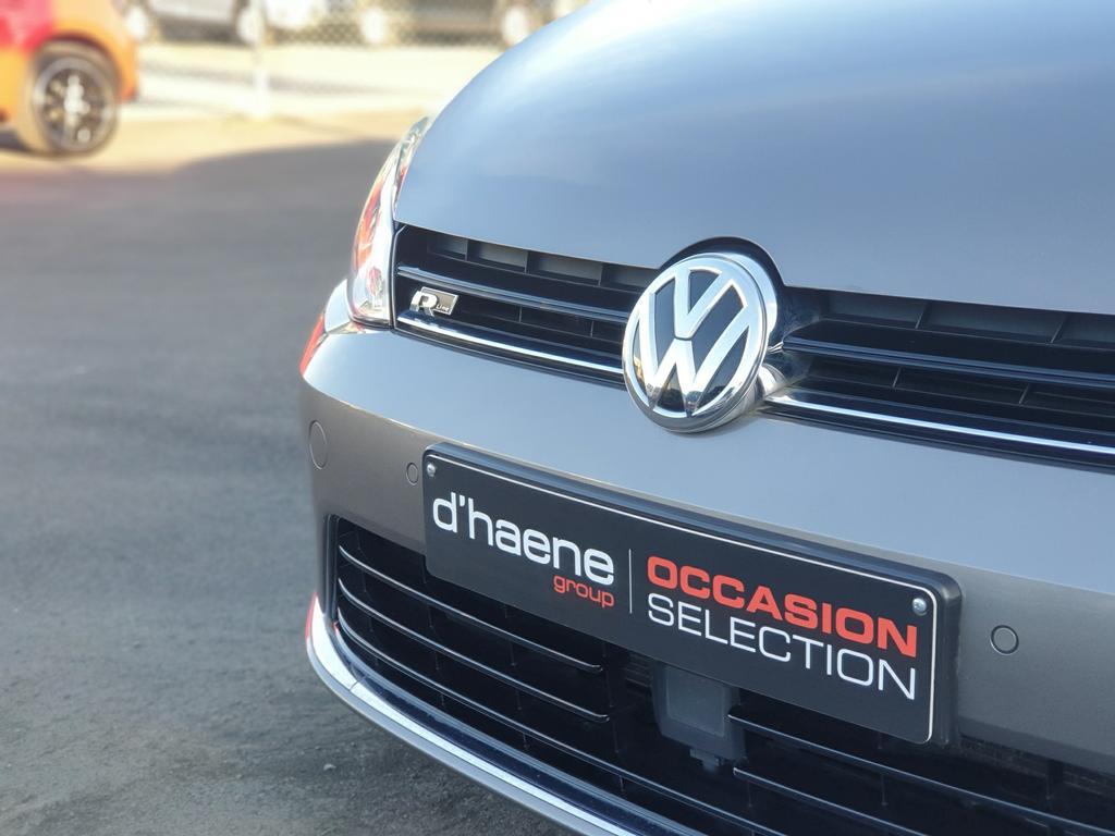 Volkswagen Golf VII 1.6 CR TDi Highline
