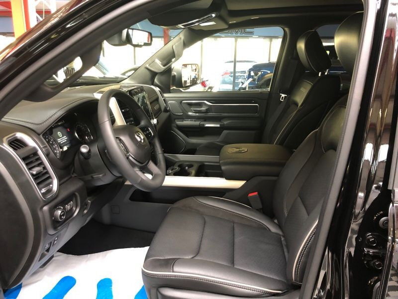 Dodge RAM 5.7 Laramie Double Cab 4WD Auto.