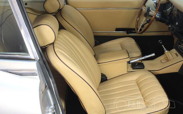 jaguar-etype-1969-j2394-068