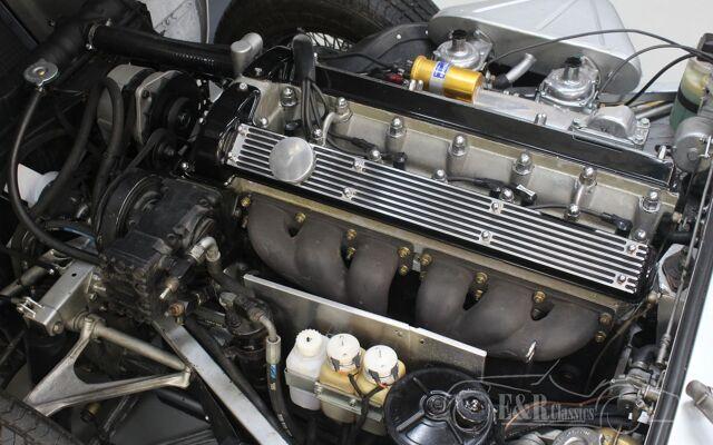 jaguar-etype-1969-j2394-088