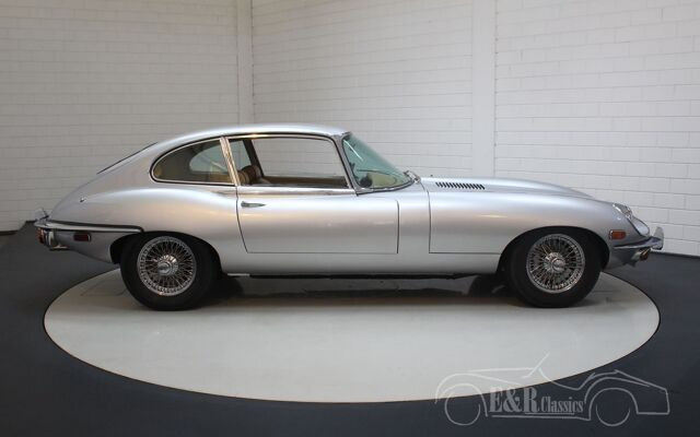 jaguar-etype-1969-j2394-054