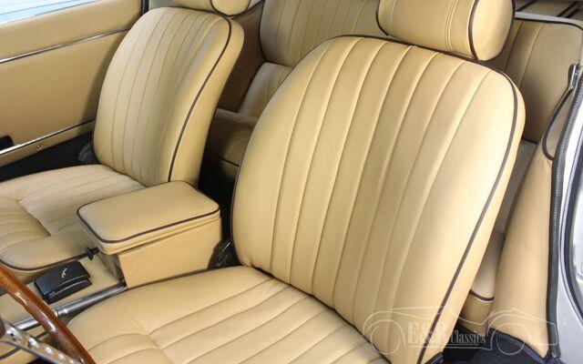 jaguar-etype-1969-j2394-063