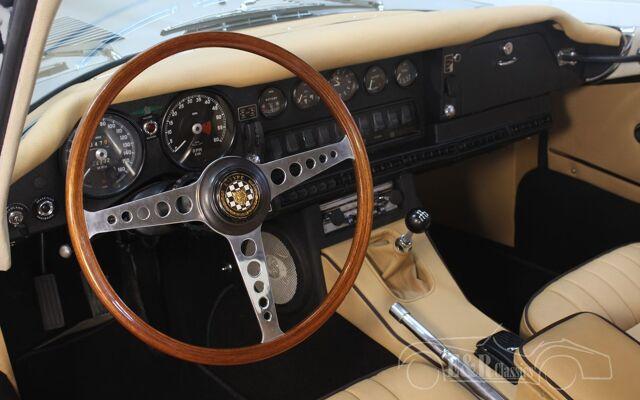 jaguar-etype-1969-j2394-061