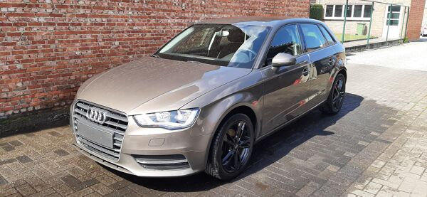 Audi A3 Sportback 1.2 TFSi*ATTRACTION*Auto Airco*Navigatie*Topper!!!!