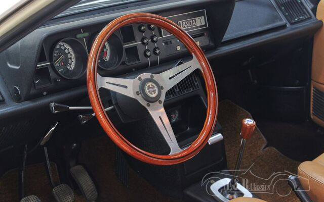lancia-gamma-coupe-2500-1979-l2127-055