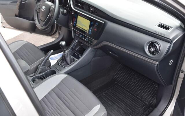 Toyota Auris TOURING SPORT DYNAMIQUE 1.33