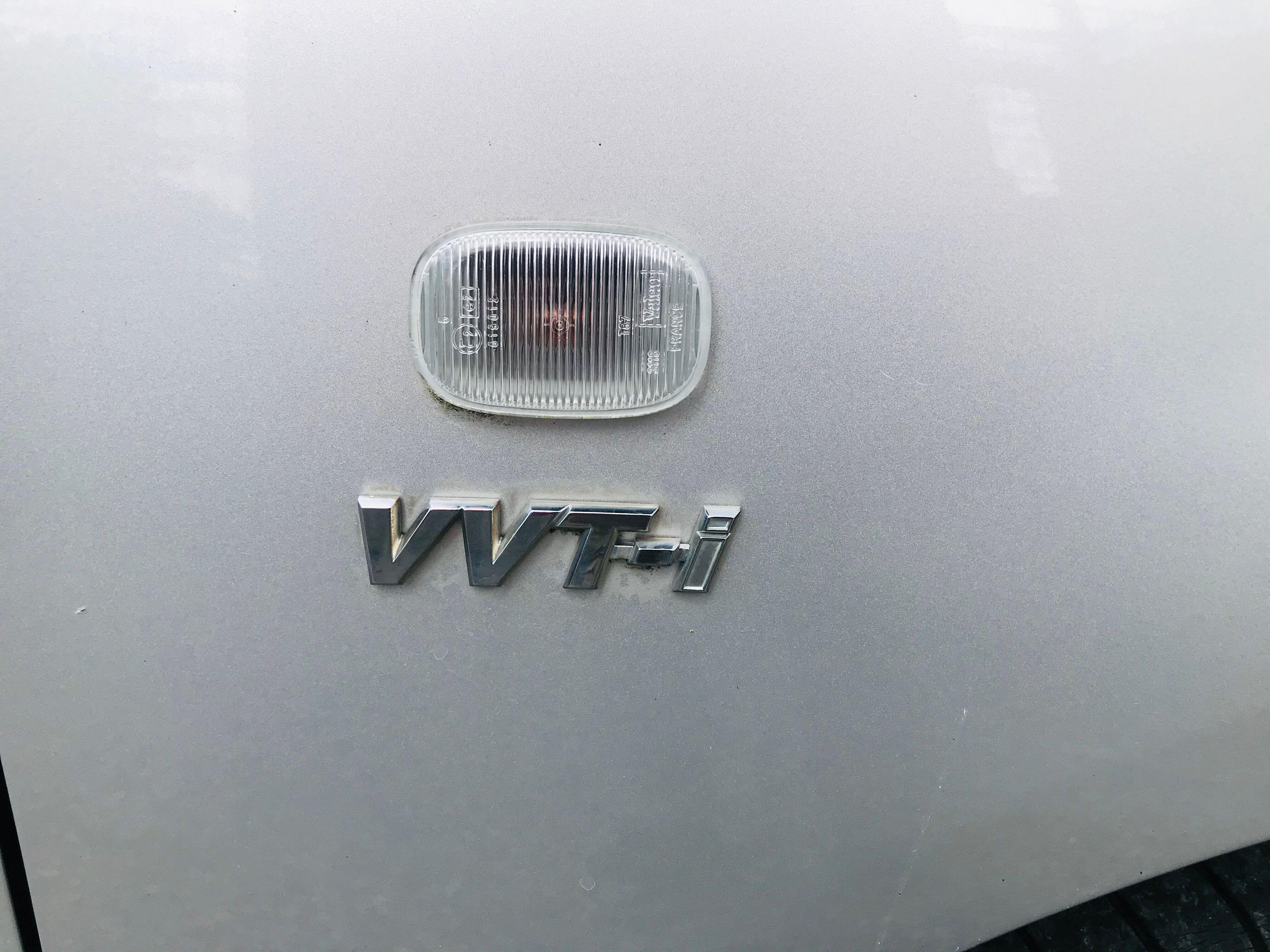 Toyota Corolla Toyota corolla 1,4vvt-i 2002 jante airco 4ve att remorque