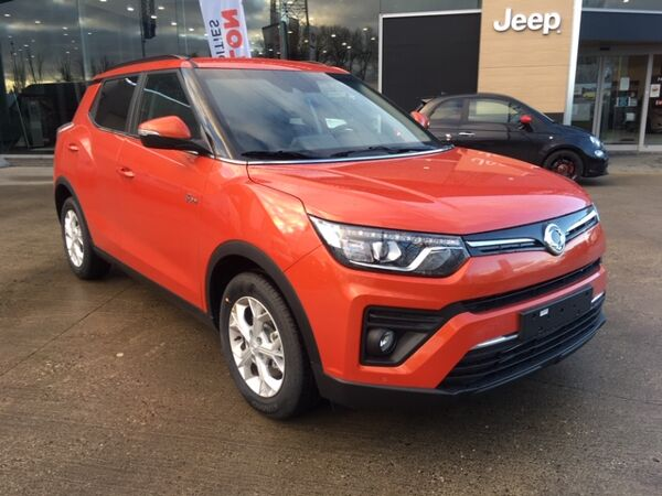 SsangYong Tivoli 1.2 Turbo 128 Pk - Ruby edition