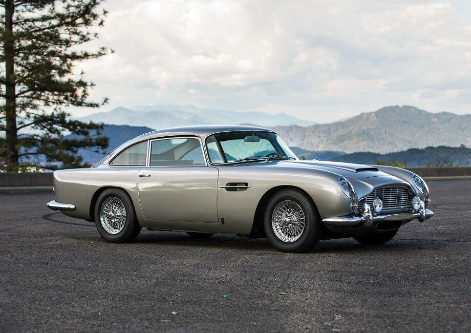 Jaguar E-Type: Klassiker-Fahrt zum goldenen Jubiläum