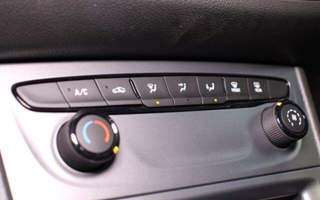 Opel Astra Sports Tourer 1.2T Edition 110pk navigatie + parkeersensoren