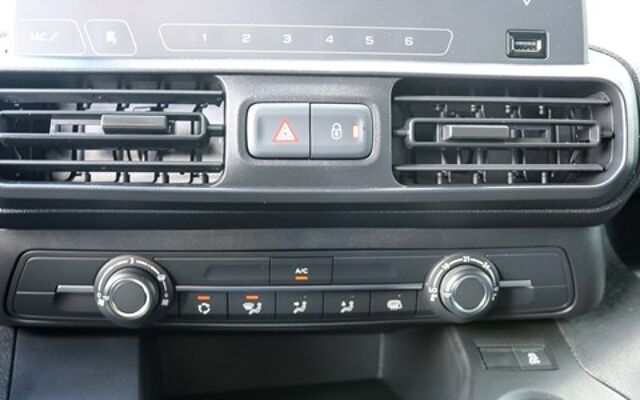 Opel Combo 1.5 Turbo COMFORT L1H1 *2-JAAR GARANTIE* AIRCO* SCHEIDINGSWAND