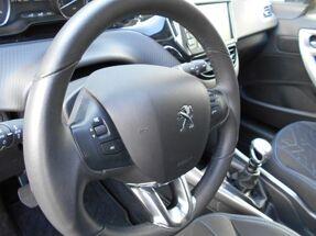 Peugeot 2008 BlueHDi Style