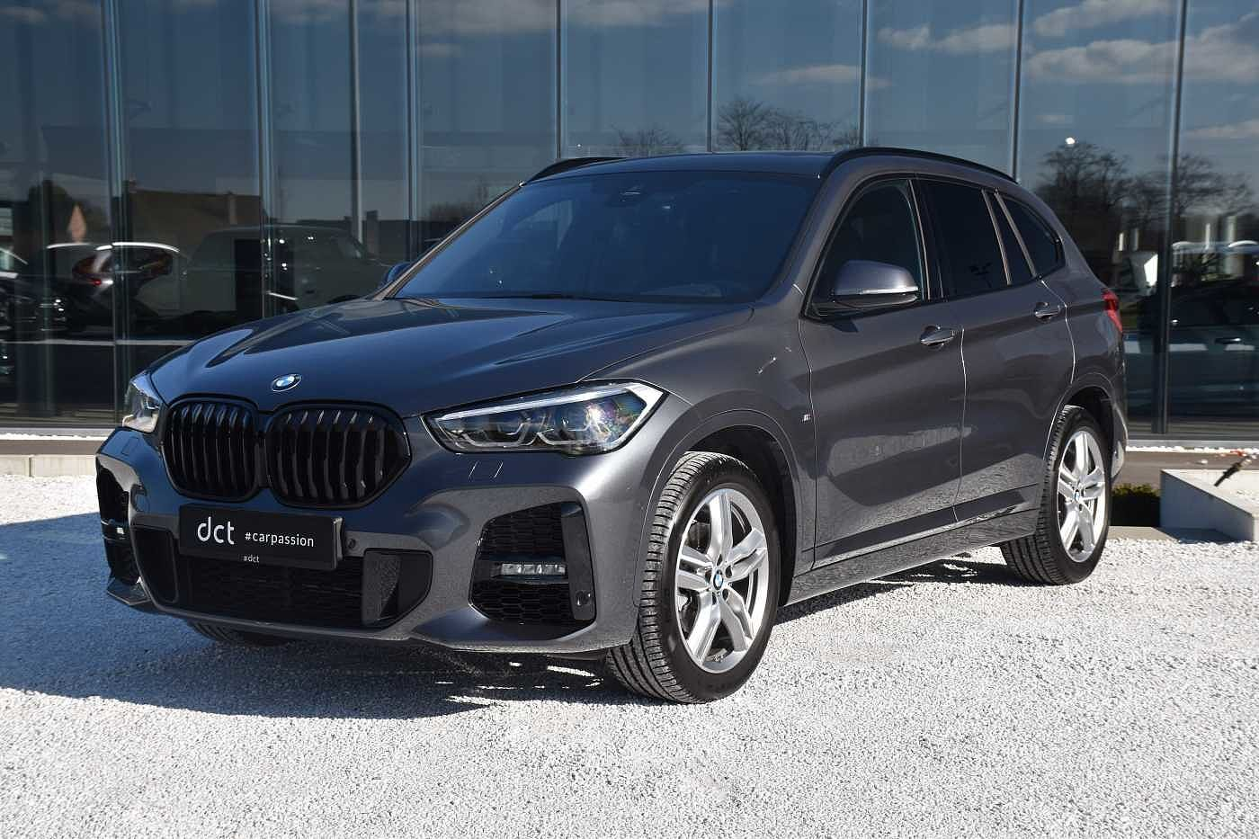 BMW X1 sDrive18i M-Pack PANO LED GPS