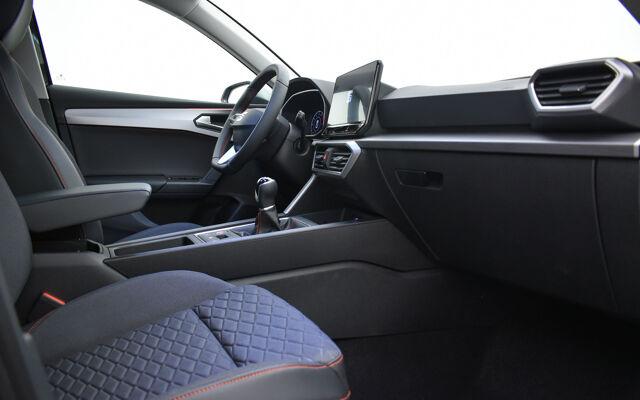 SEAT Leon ecotsi FR 110