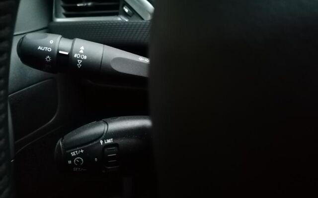 Peugeot 2008 STYLE/3D NAVI/AIRCO/CAR PLAY