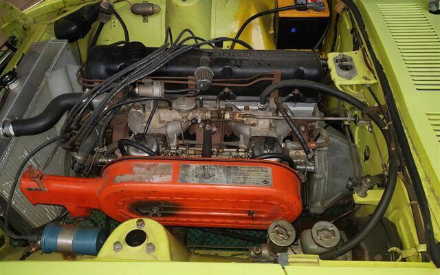 Datsun 240Z yellow/ green