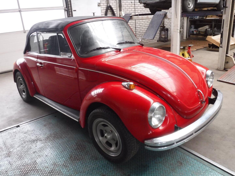 Volkswagen 1303 LS Cabrio Red