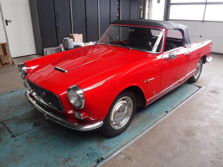 Lancia Appia Cabrio red