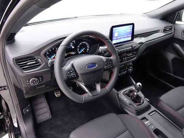 Ford Focus 1.5i Ecoboost 182 Clipper ST-Line Business + Desig