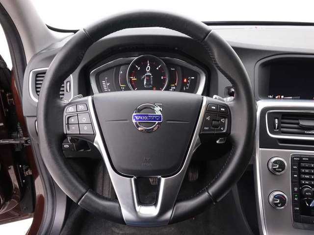 Volvo V60 2.0 D4 190 Geartronic Cross Country Summum+ Leder/