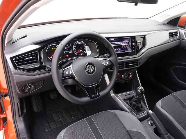 Volkswagen Polo 1.0 TSi 95 Highline + Alu16 Las Minas + Carplay