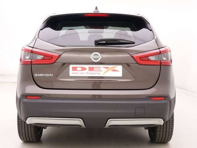 Nissan Qashqai 1.3 DIG-T 140 N-Connecta + GPS + Panorama + LED He