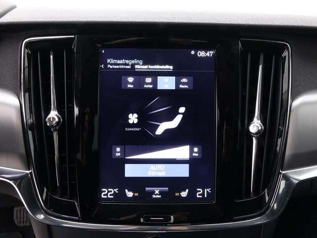 Volvo V90 2.0 D3 150 Momentum + GPS + Leder/Cuir + Alu18