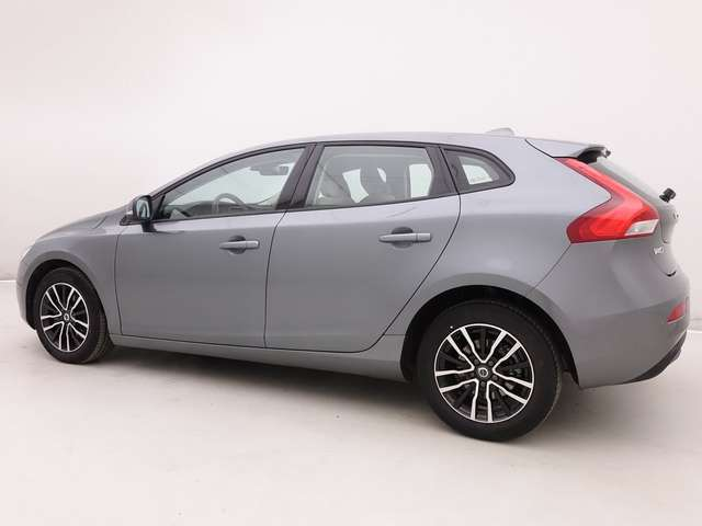 Volvo V40 2.0 T2 122 Black Edition + GPS + LED Lights