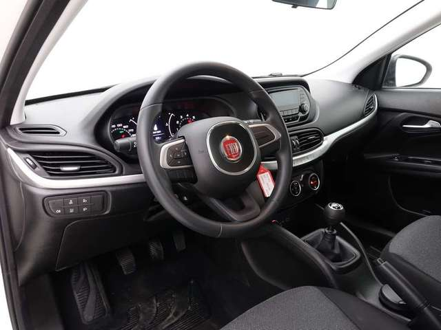 Fiat Tipo 1.4i Pop Plus 5D + ALU Black