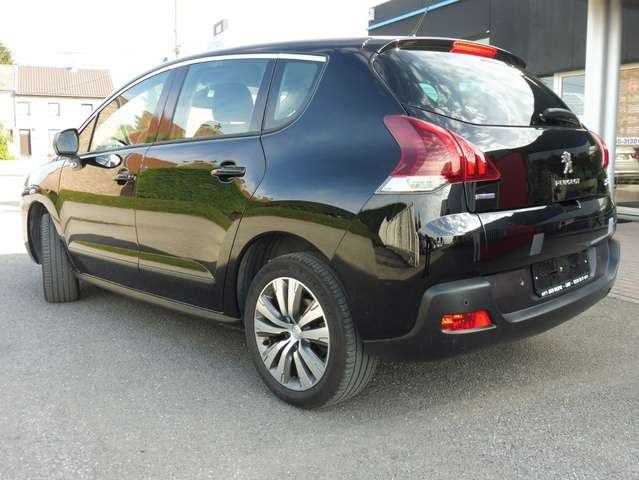Peugeot 3008 1.6HDi 115cv 6Vit GPS/TEL BT/PH AUTO/APS ARR/...
