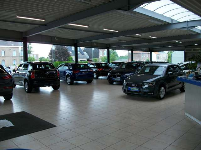 Volkswagen Polo 1.6 TDi 95cv Highline TEL BT/APS x2/ Ph AUTO...