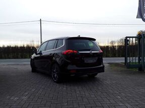 Opel Zafira 1.4 Turbo Innovation / OPC line