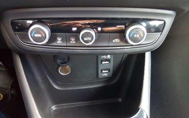 Opel Crossland X 1.2 Turbo Innovation S/S -  AUTOMAAT