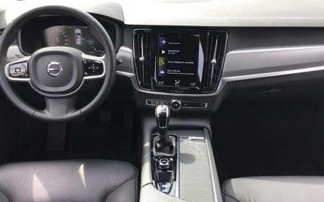 Volvo V90 D4 Manuelle Momentum