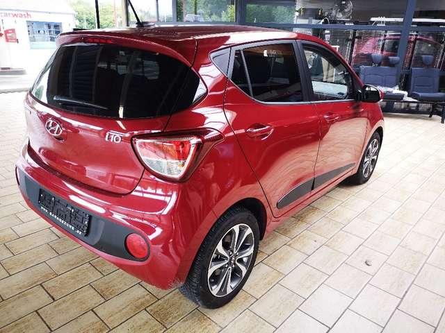 Hyundai i10 1.2i Sky