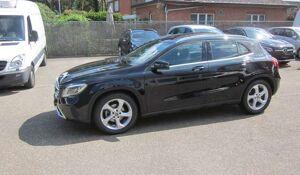 Mercedes GLA 180 URBAN - AUTOMAAT - PANO DAK