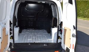 Ford Transit Courier 1.5 TDCi - 75 pk - *** MET AIRCO ***