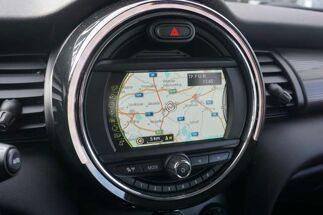 MINI Cooper 1.5 / Xénon / Navigation / 2.000KM / EURO 6 /