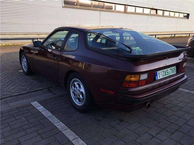 Porsche 944 S 16v type 2